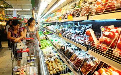 Giá xăng giảm, hàng hóa chưa giảm - Khó gỡ nghịch lí?