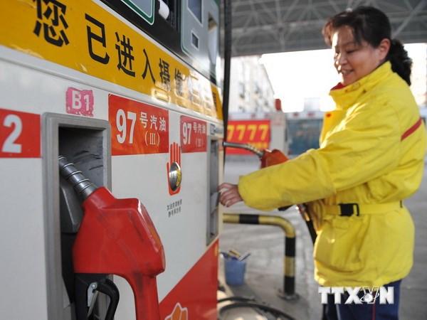 Thị trường trái chiều, dầu Brent xuống giá, dầu ngọt nhẹ tăng