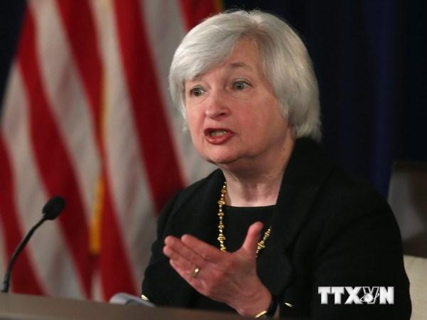 Vàng giảm giá mạnh sau thông tin Fed có thể sớm nâng lãi suất