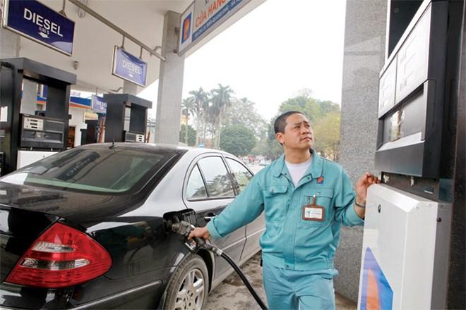 Cơ chế kinh doanh xăng dầu, gỡ chưa hết rối