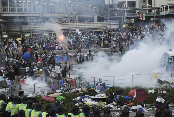 Giá vàng châu Á đi lên do tình hình bất ổn chính trị ở Hong Kong