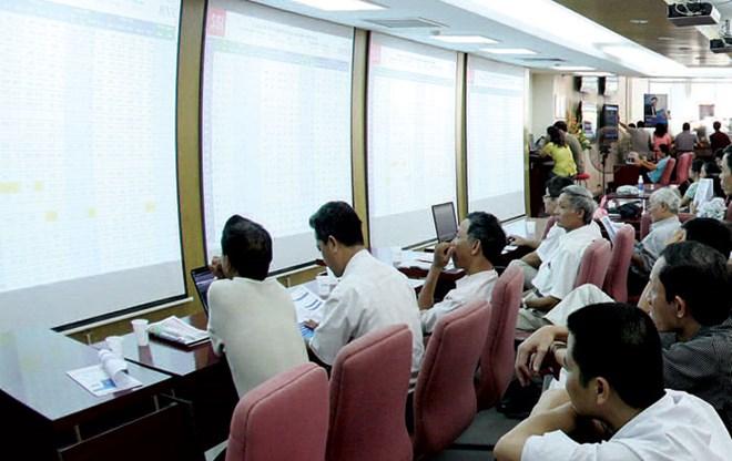 VN-Index dưới 600 điểm, cơ hội cho tháng 10