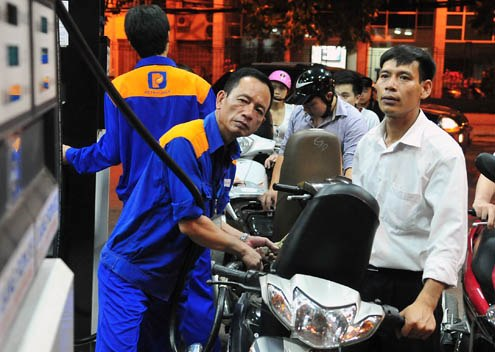 Tăng chi phí định mức kinh doanh xăng dầu