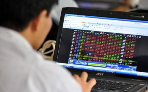 Ủy ban Chứng khoán bác tin đồn thanh tra cổ phiếu giao dịch lớn