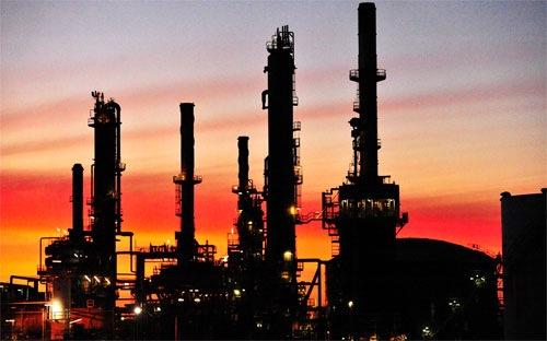 Giá dầu bật tăng sau 3 phiên giảm liên tiếp