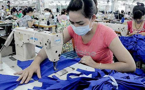 Đơn hàng mới ngành sản xuất tăng nhanh