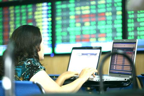 Chỉ số VN-Index đánh rơi hơn 24 điểm sau một tuần giao dịch