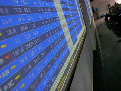 Nhóm cổ phiếu trụ cột hồi phục, VN-Index tăng hơn 7 điểm