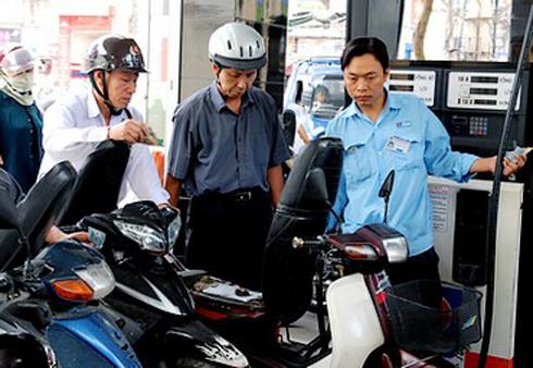 Quốc hội phải giám sát chuyên đề về giá xăng dầu