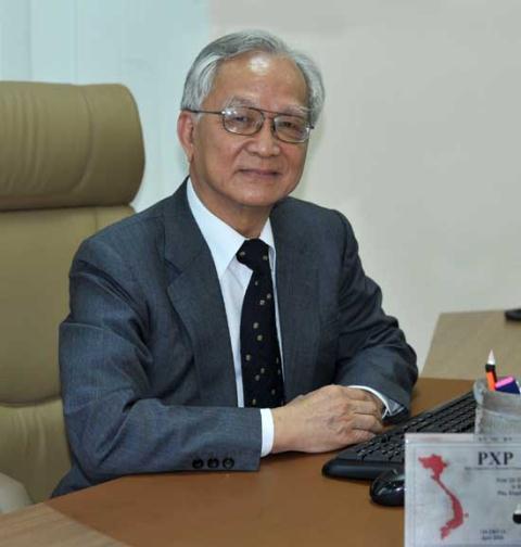 Chuyên gia kinh tế Bùi Kiến Thành
