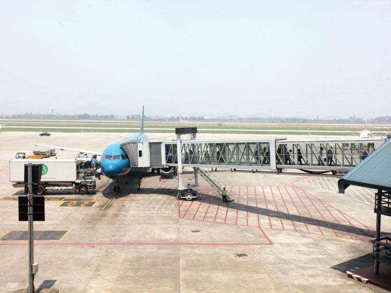 Với lợi nhuận cao từ quyền quản lý khai thác các cảng hàng không lớn của Việt Nam, ACV thu hút sự quan tâm của các nhà đầu tưảnh: đức thanh